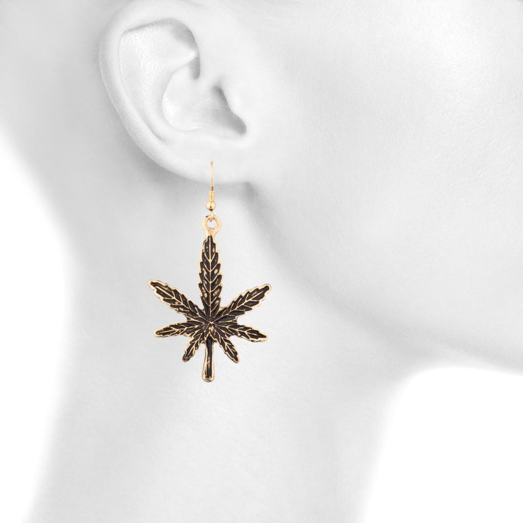 marijuana pot leaf 420 dangle earrings earrings